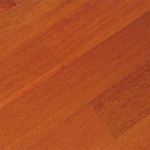 暖色楠木地板